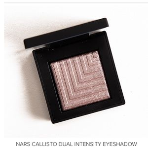 NARS dual intensity shadow Callisto.